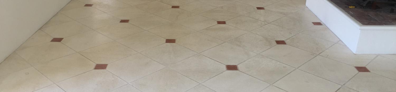 Nettoyage et traitement sol en pierre naturelle à Saint Tropez (83)