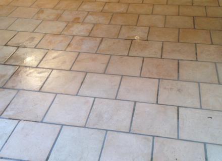 Ponçage et traitement carreaux ciment