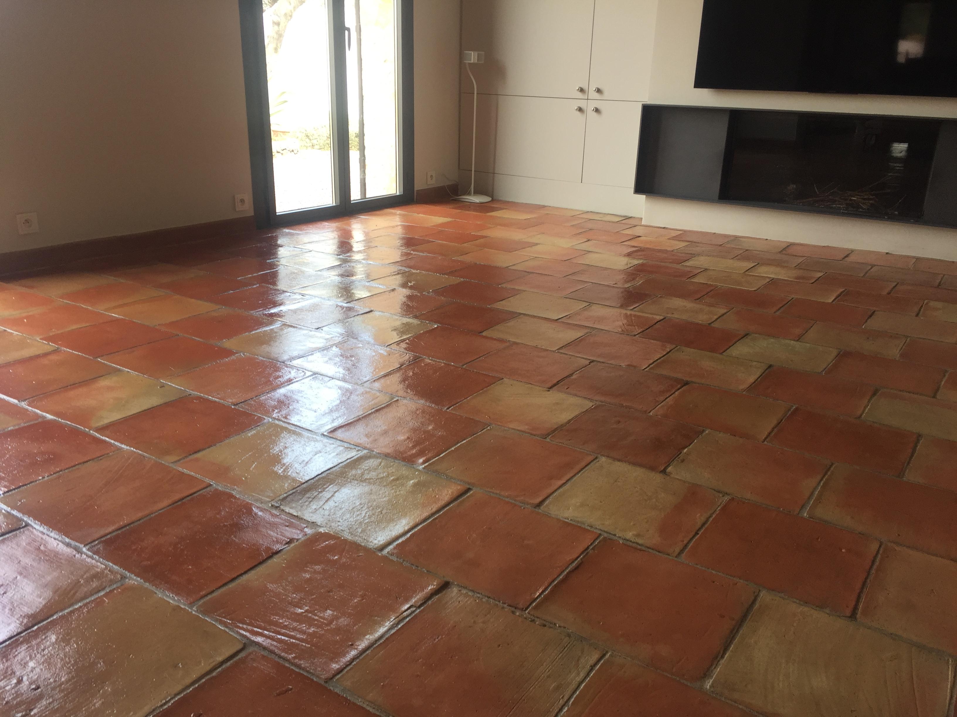 terre cuite entreprise nettoyage sol en terre cuite monaco toulon 83. Black Bedroom Furniture Sets. Home Design Ideas